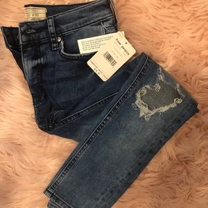 Free People 26S Turquoise Busted Knee Denim Jeans